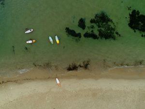 צילום אווירי מבט מלעמלה על חוף הים